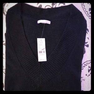 NWT New York & Company XL Black V neck Sweater